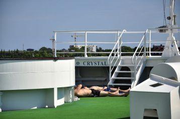 在船首還有一個可以曬太陽的地方,但一般乘客顯少前往