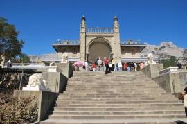 瓦倫索宮和面海的摩爾風格建築