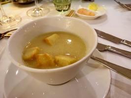 船上的湯口味不會太鹹,亞洲人也可盡興享用